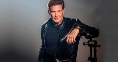 El actor David Hasselhoff prepara un álbum de heavy metal