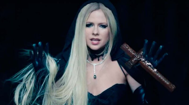 "Avril Lavigne estrena su video ""I Fell In Love With The Devil"""