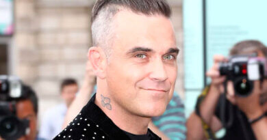 Robbie Williams da positivo a Covid-19
